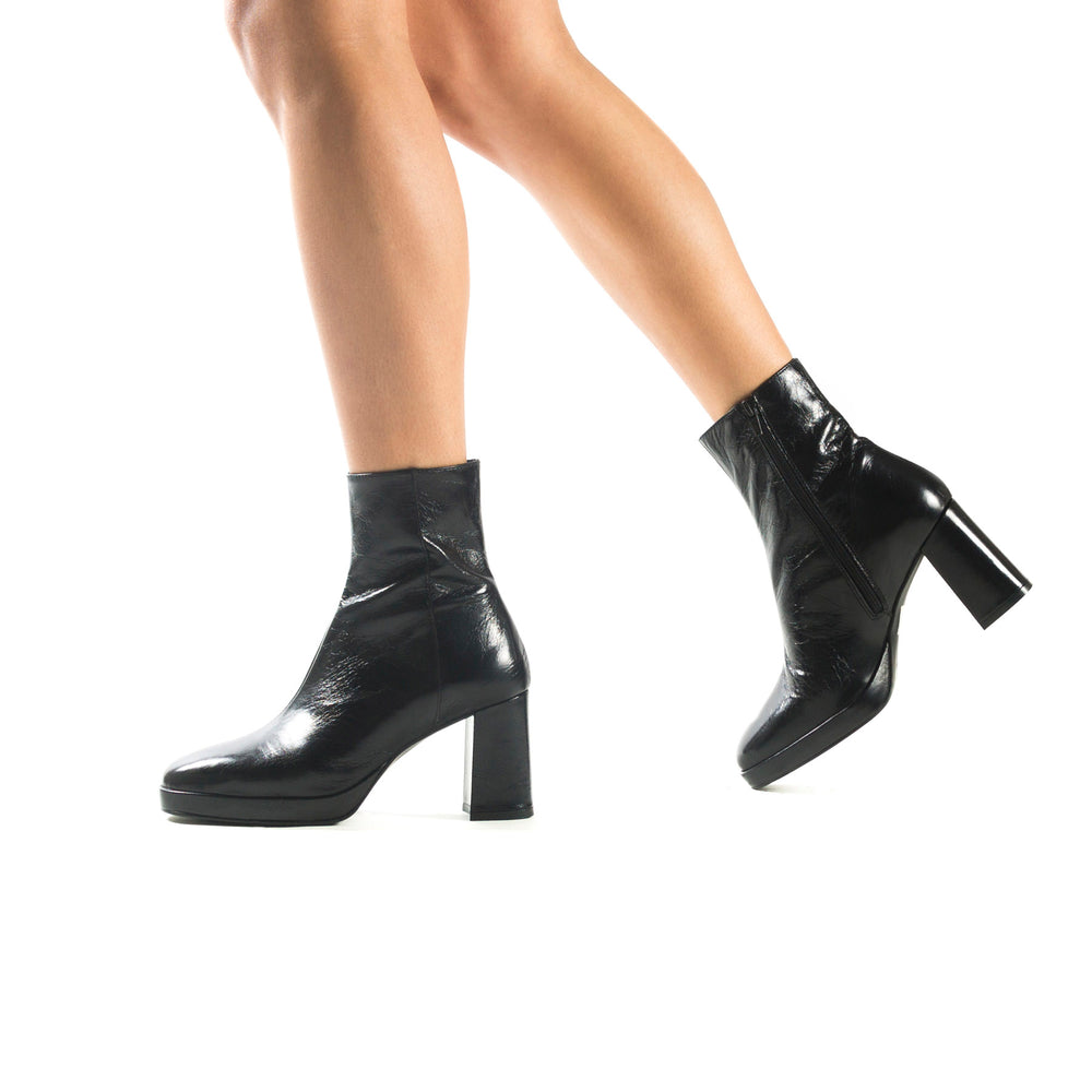 Henessey Black Leather Ankle Boots