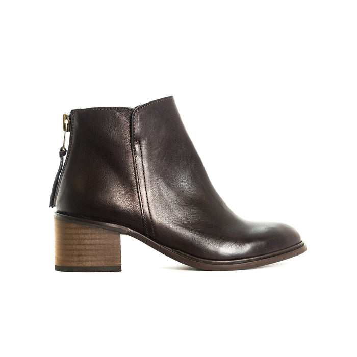 Houston Plum Leather Ankle Boots
