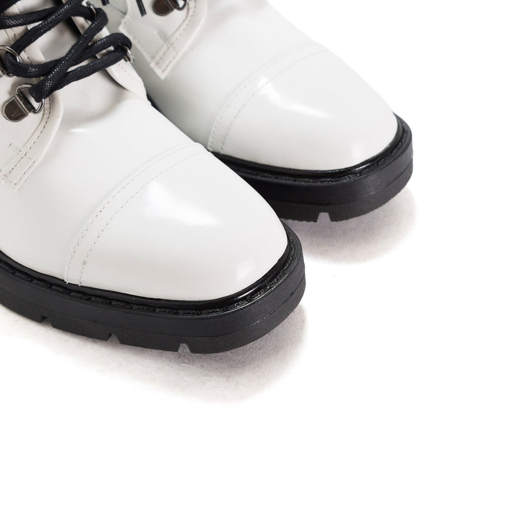 Jarna White Leather Ankle Boots