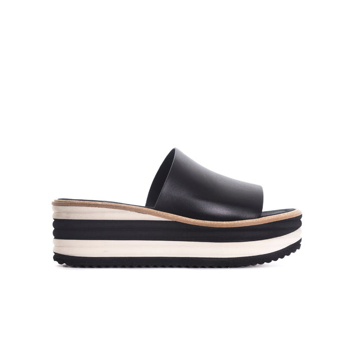 Lysana Black Leather Sandals