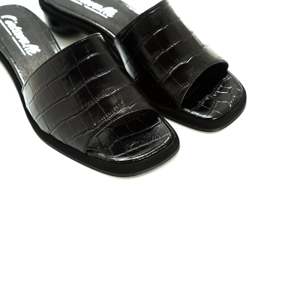Load image into Gallery viewer, Missy Black Croco Sandals