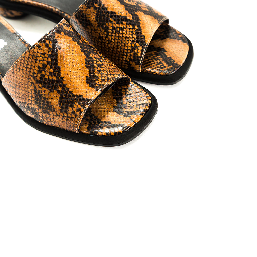 Load image into Gallery viewer, Missy Tan Snake Sandals