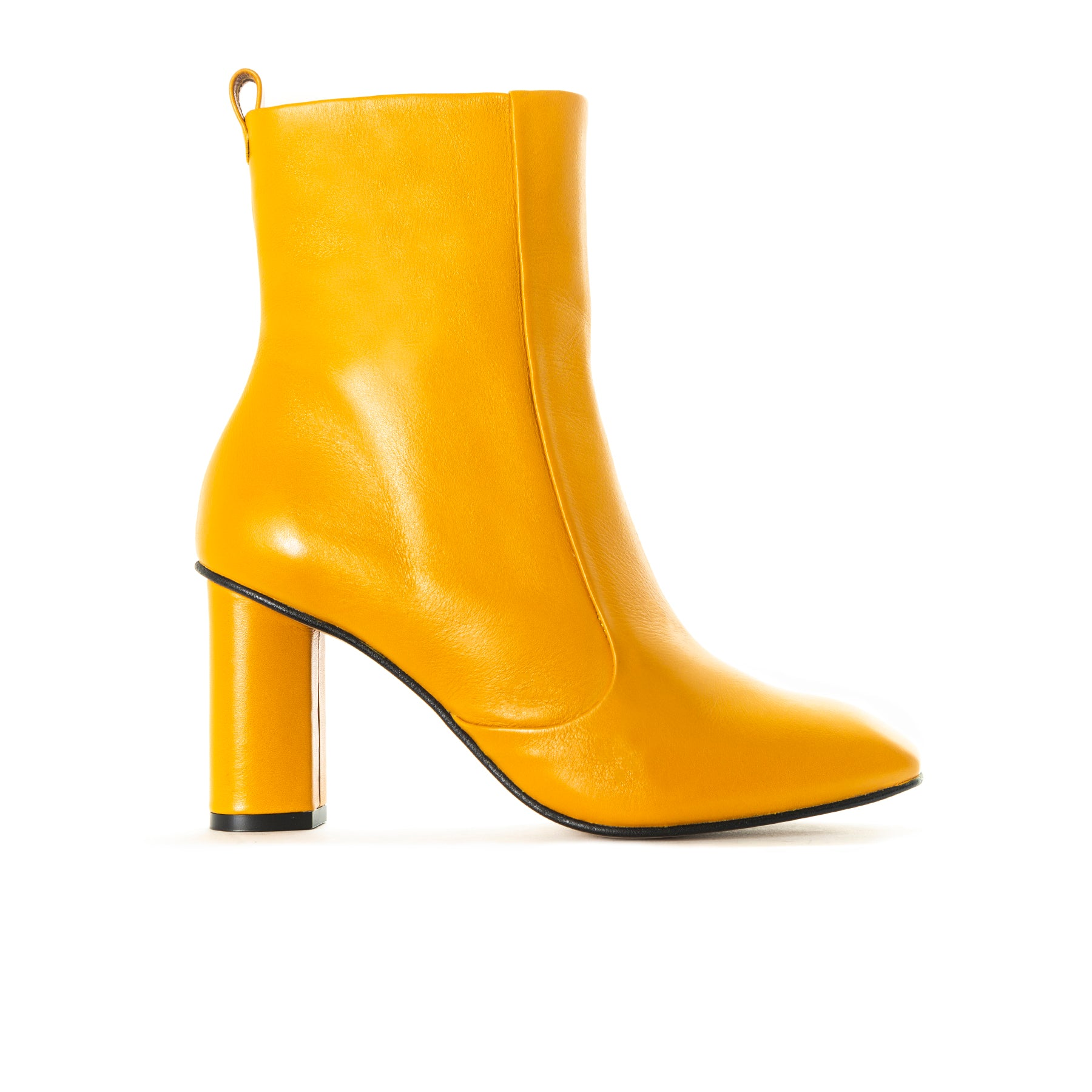 Nocak Mustard Leather