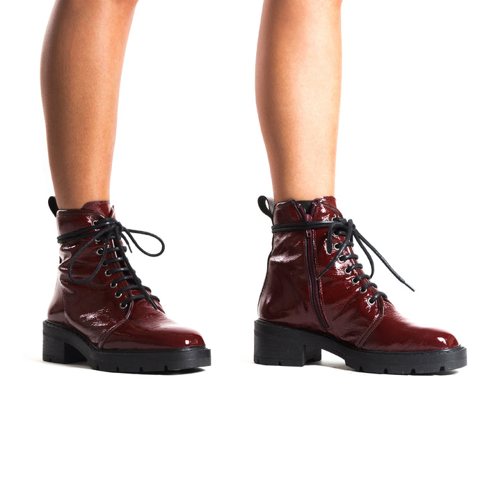 Sibble Bordo Naplack Ankle Boots