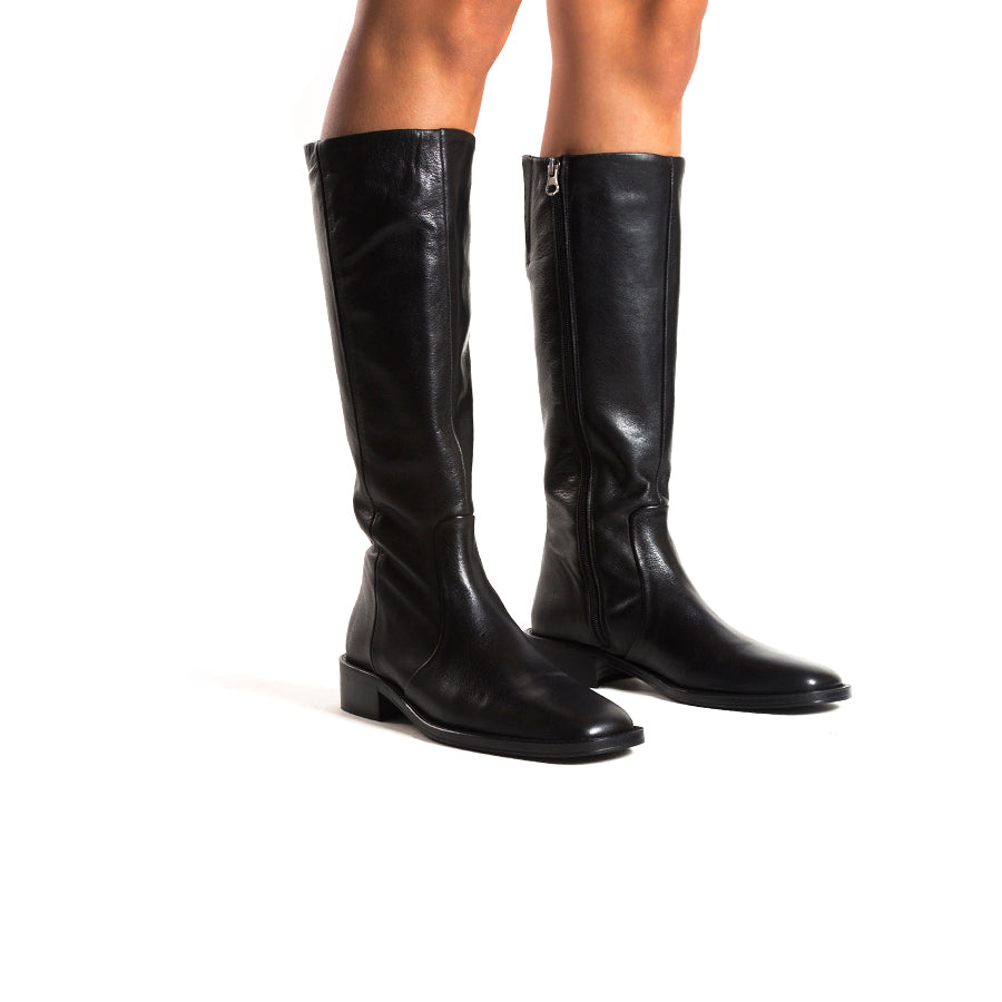 Solna Black Leather Boots