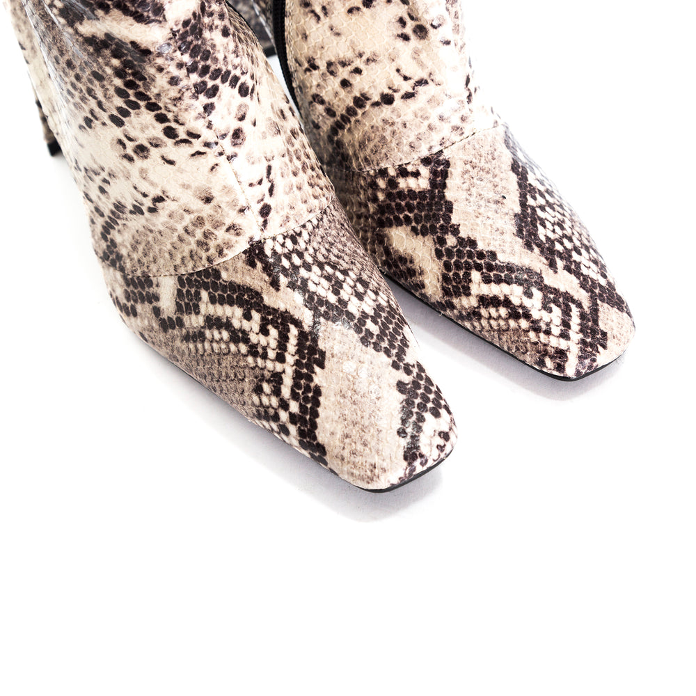 Load image into Gallery viewer, Stavi Natural Snake Ankle Boots