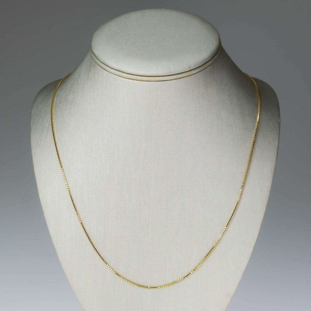 "22"" Box Chain in 14K Yellow Gold Chains Oaks Jewelry"