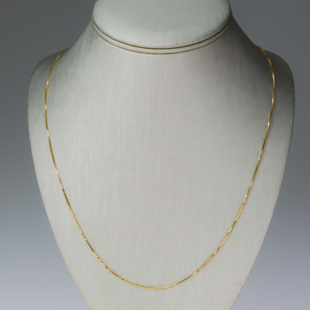 "30"" Box Link Layering Chain in 14K Yellow Gold Chains Oaks Jewelry"
