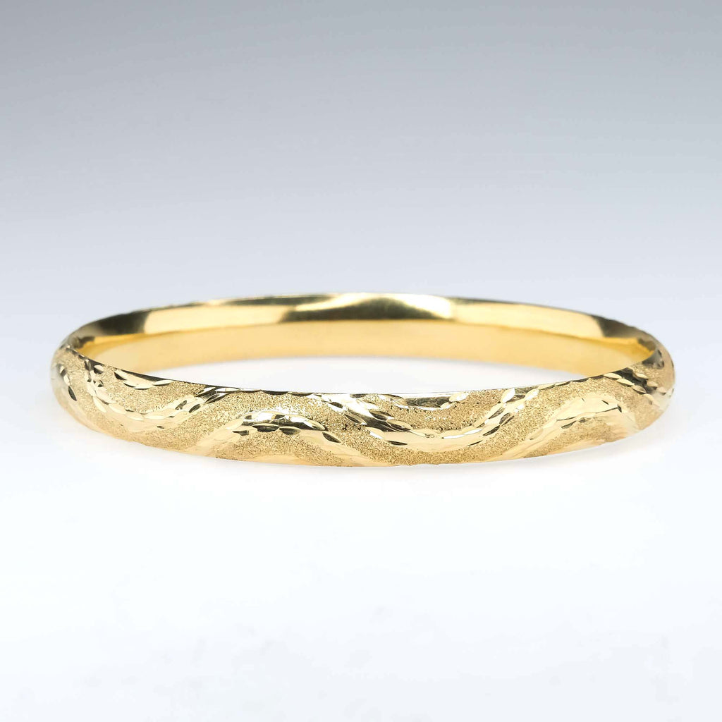 8.4mm Wide Hollow Patterned Polished & Pebbled Hinge Bangle Bracelet in 14K Gold Bracelets Oaks Jewelry