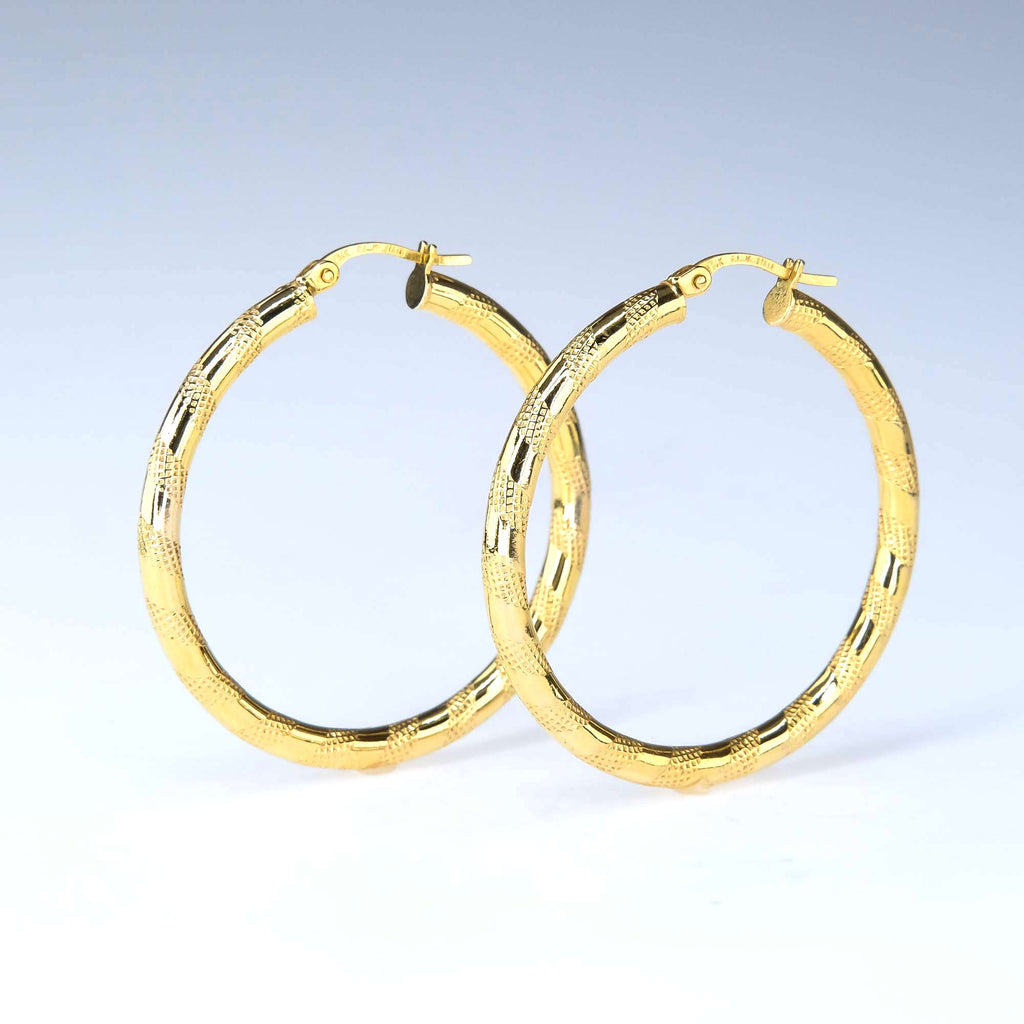 Hollow Etched Pattern Hoop Earrings in 14K Yellow Gold Earrings Oaks Jewelry