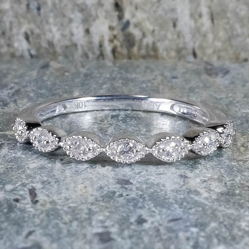 NEW 10K White Gold Diamond Scalloped with Milgrain Edge Wedding Band Ring Size 7 Wedding Rings Oaks Jewelry