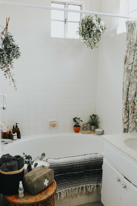 Advice on Showering from Twenty-Somethings
