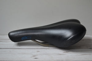 2000 (Used) Selle Italia FLX Gel Saddle.