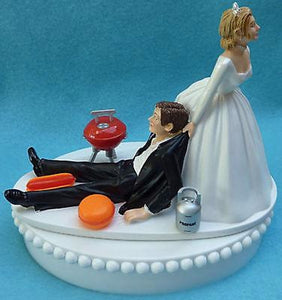 BBQ grilling wedding cake topper chef barbeque Fun Wedding Things outdoors hot dog burger propane grill humorous funny groom's cake topper bride drags