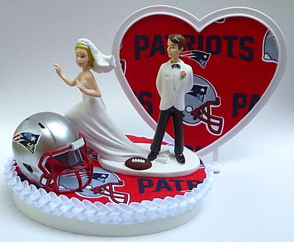 Patriots wedding cake top football New England NFL FunWeddingThings.com runaway bride groom's top humorous funny sports fans reception