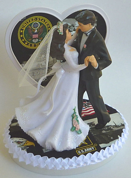Army cake topper wedding FunWeddingThings.com U.S. service military enlisted dancing bride groom pretty heart gift reception unique