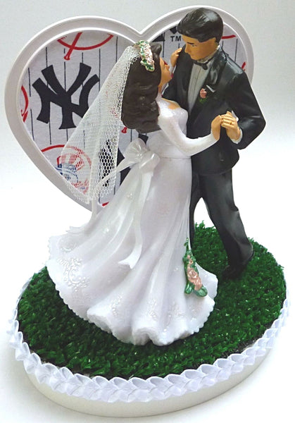 Yankees wedding cake topper NY New York baseball green turf unique sports fans dance couple FunWeddingThings.com