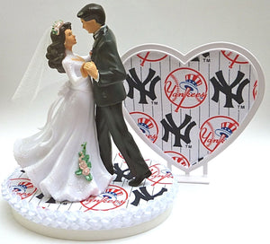 NY Yankees wedding cake topper baseball MLB dancing bride groom couple pretty sports fans Fun Wedding Things reception gift