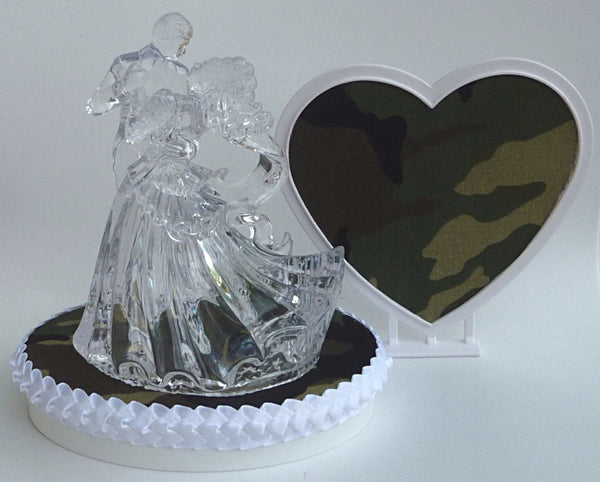 Green camo wedding cake topper Fun Wedding Things camouflage bride groom dancing pretty heart reception gift