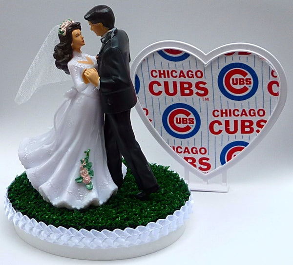Chicago Cubs cake topper baseball wedding groom's top heart green turf Fun Wedding Things