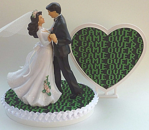 Game over wedding cake topper Fun Wedding Things bride groom dancing gamer video gaming game fun heart unique