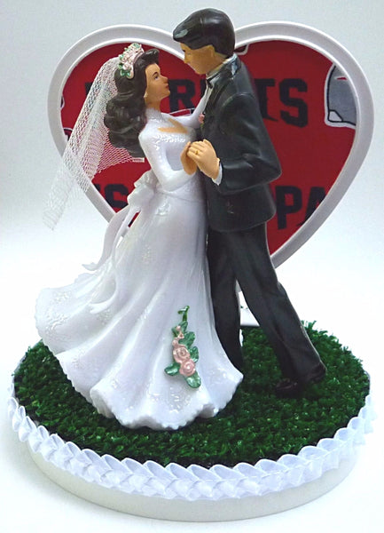 Patriots wedding cake topper New England groom's cake top green turf bride dancing pretty heart Fun Wedding Things