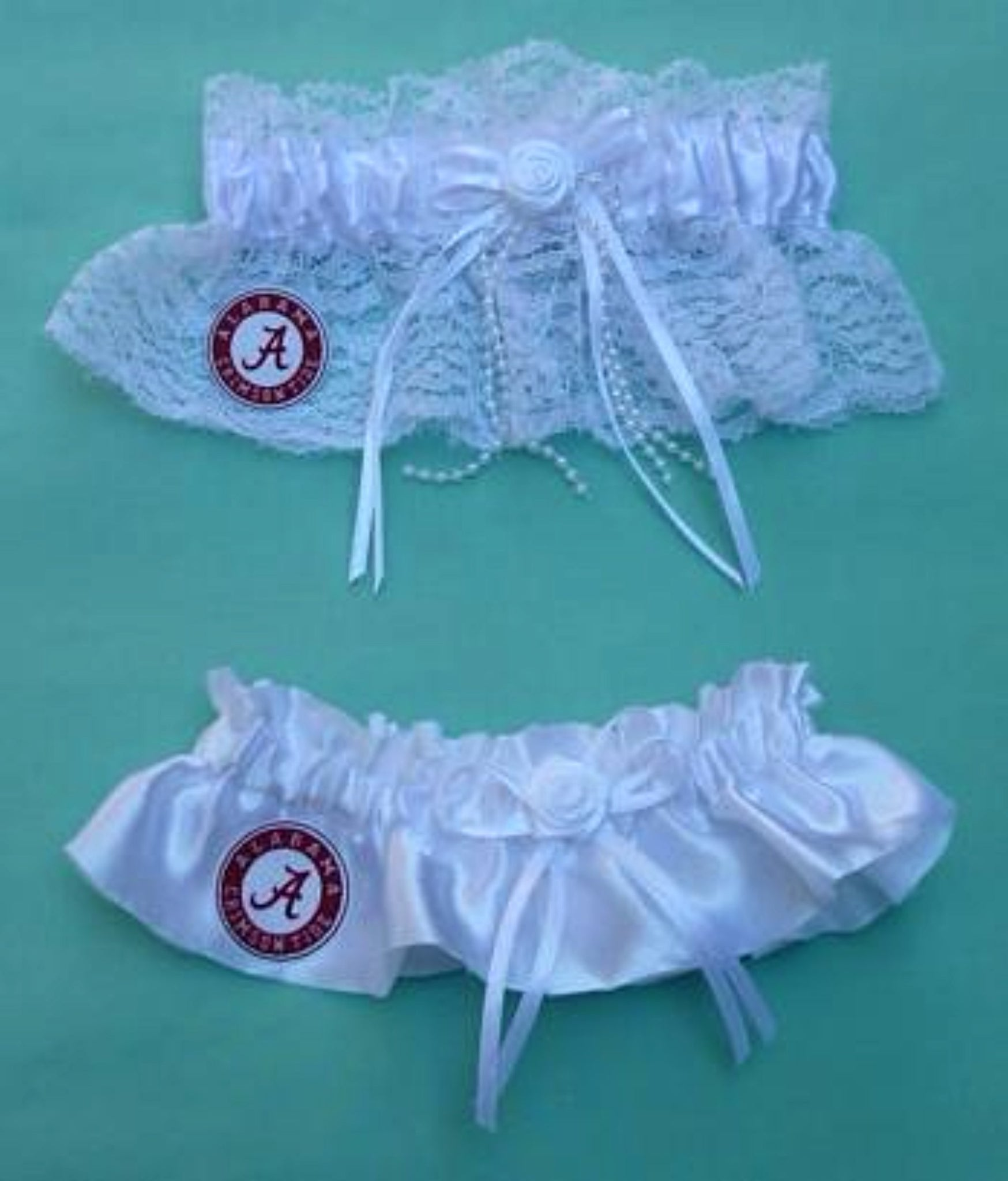 University of Alabama Crimson Tide wedding garter set bridal garters white lace satin ivory toss keepsake reception fans Fun Wedding Things