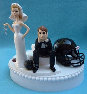 Cincinnati Bearcats wedding cake topper University of Cincinnati UC funny bride sad groom ball chain key humorous Fun Wedding Things