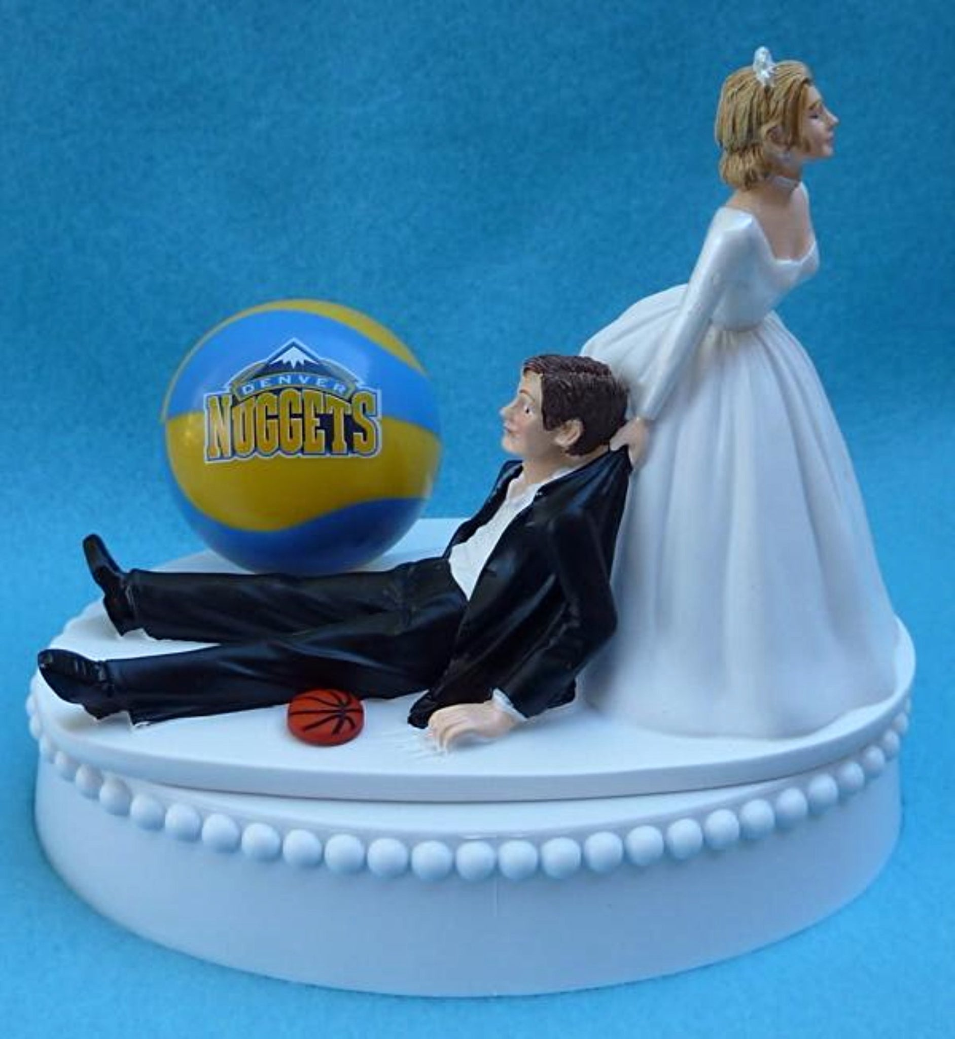 Denver Nuggets wedding cake topper NBA basketball Fun Wedding Things sports fans bride dragging groom humor