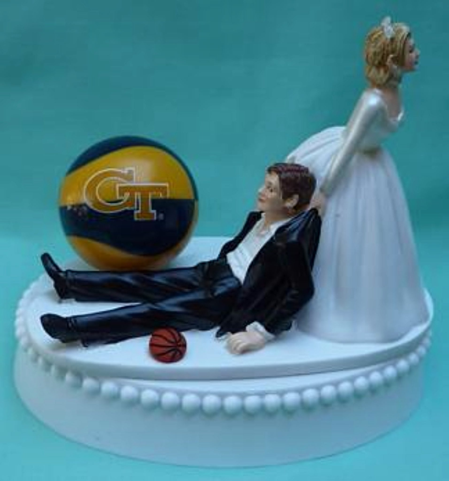 Georgia Tech basketball wedding cake topper Yellow Jackets sports funny bride groom humorous Fun Wedding Things