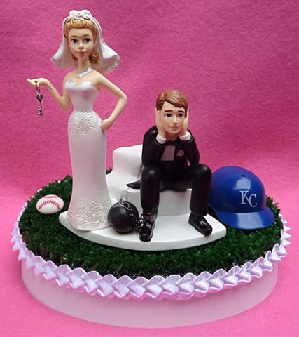 KC Royals wedding cake topper Kansas City MLB baseball sports fans bride dejected groom humorous funny green turf