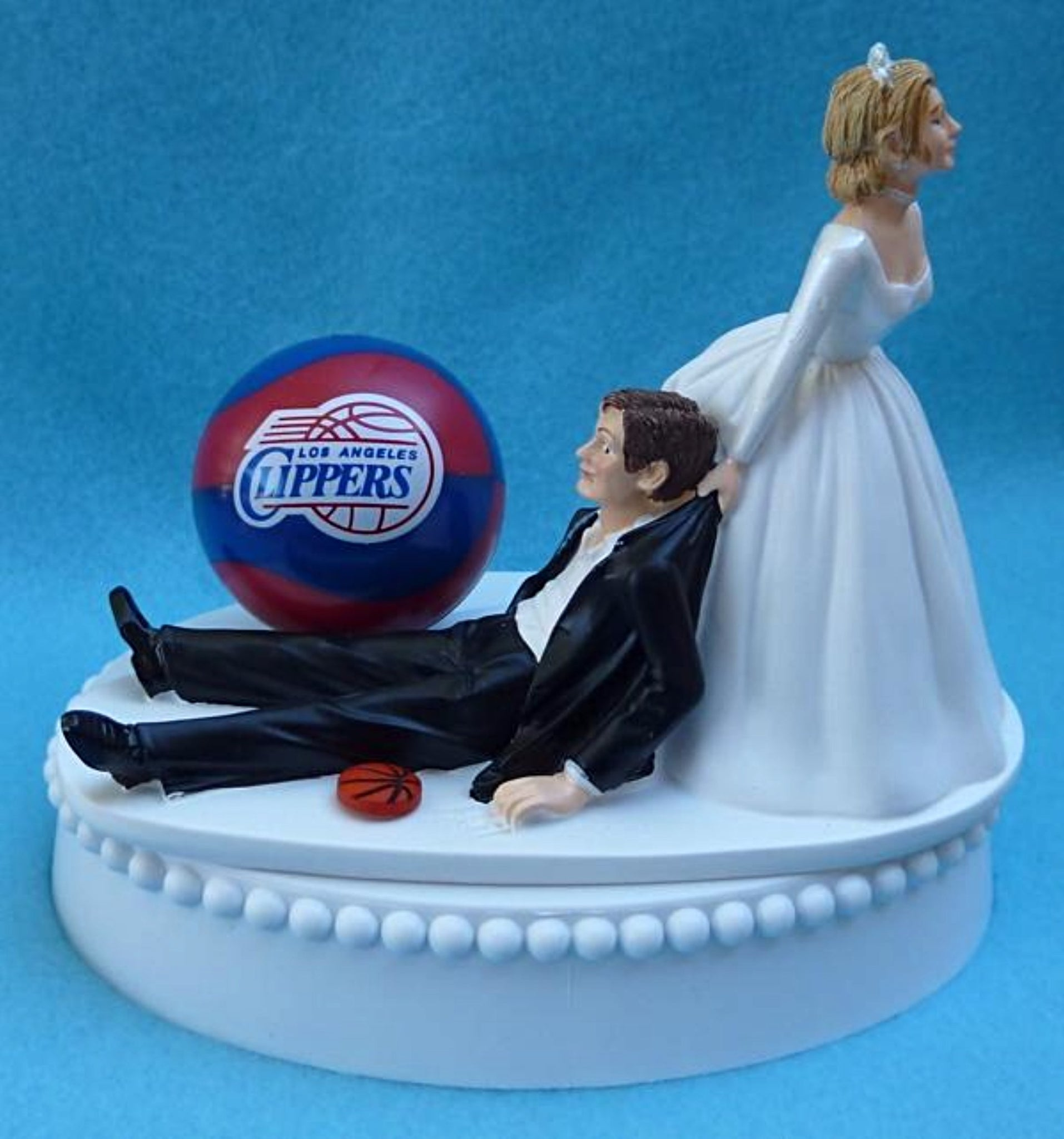 Los Angeles Clippers wedding cake topper LA L.A. NBA basketball fans fun bride drags groom humorous reception gift Fun Wedding Things