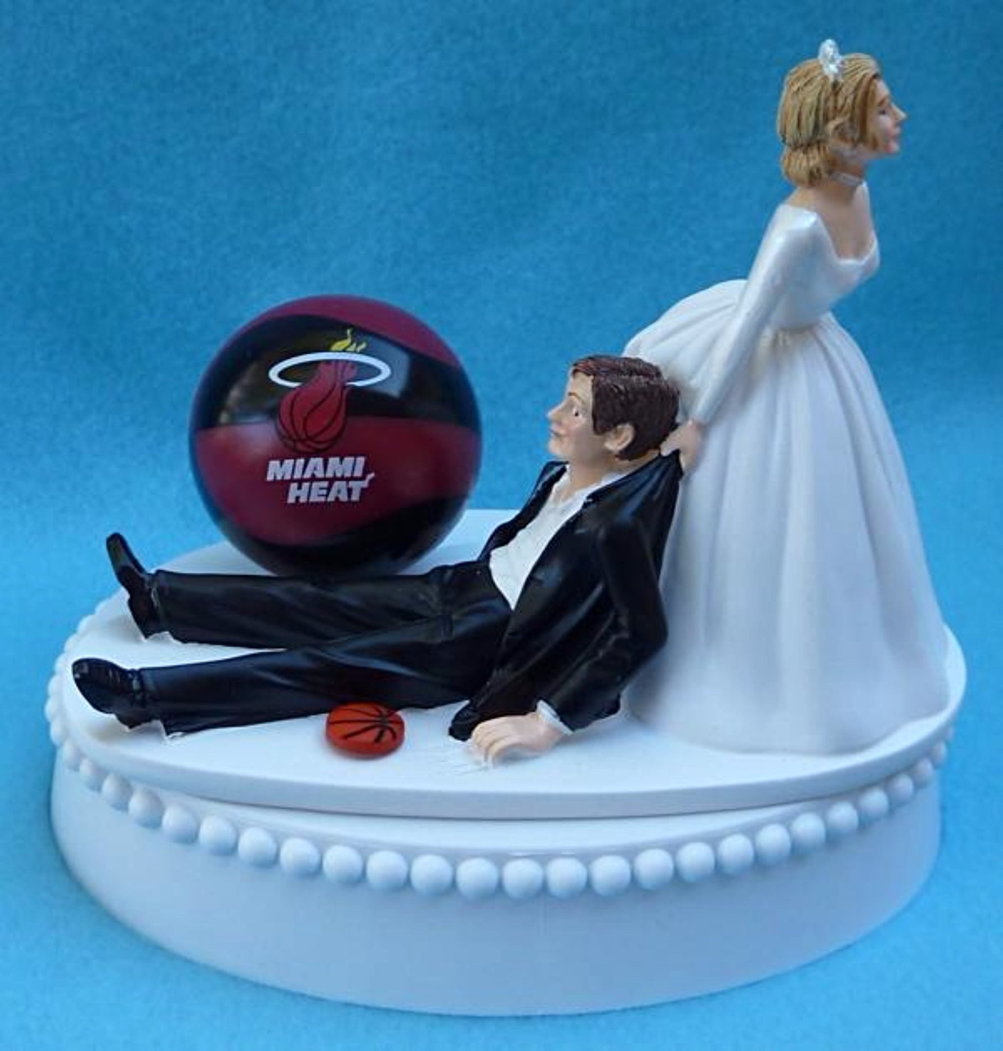 Miami Heat wedding cake topper NBA basketball sports fans fun bride groom dragging drags funny unique original reception gift idea item