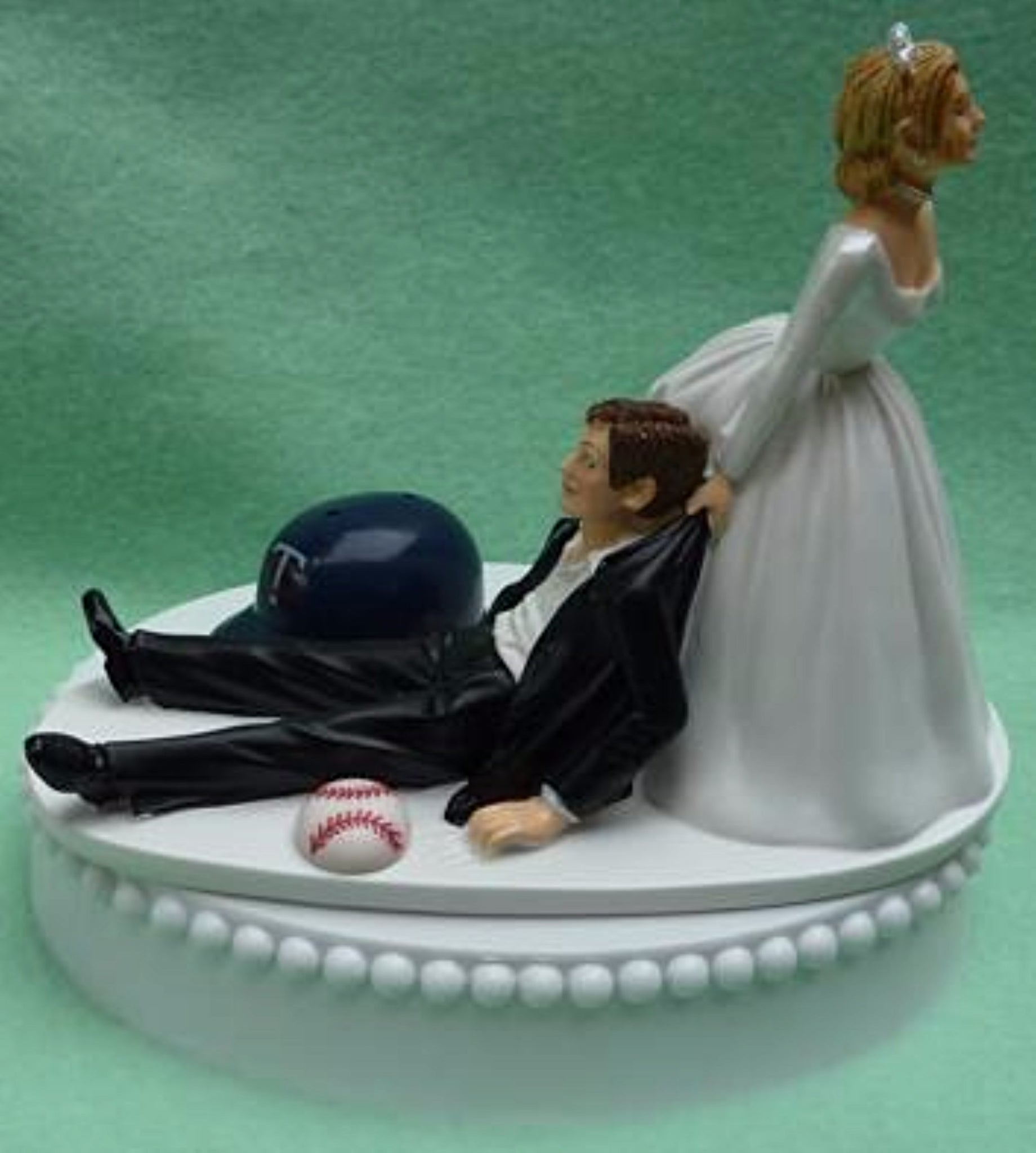 Minnesota Twins wedding cake topper baseball sports fans fun MLB humorous bride dragging groom reception gift idea item