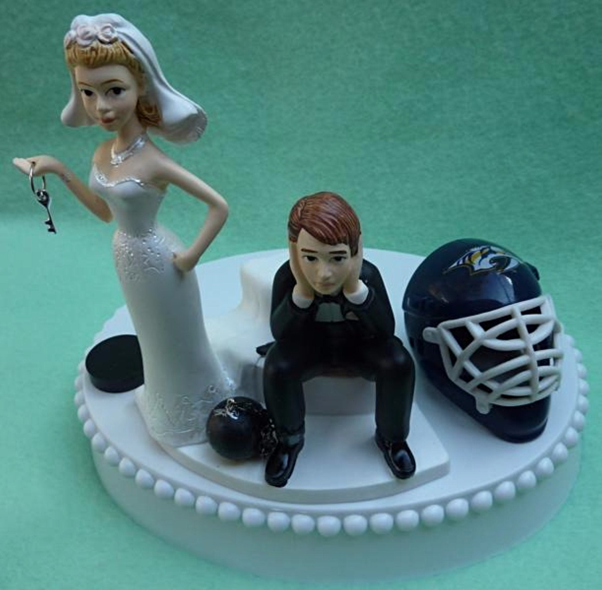Nashville Predators wedding cake topper Preds NHL hockey bride groom dejected sports fans fun humorous mask puck helmet unique Fun Wedding Things reception gift