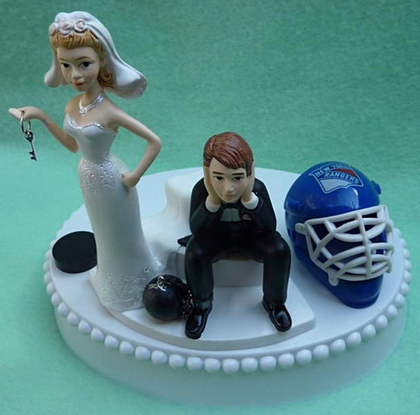 New York Rangers wedding cake topper NY NHL hockey sports fans fun bride dejected groom blue ice helmet puck reception marriage humorous funny Fun Wedding Things gift