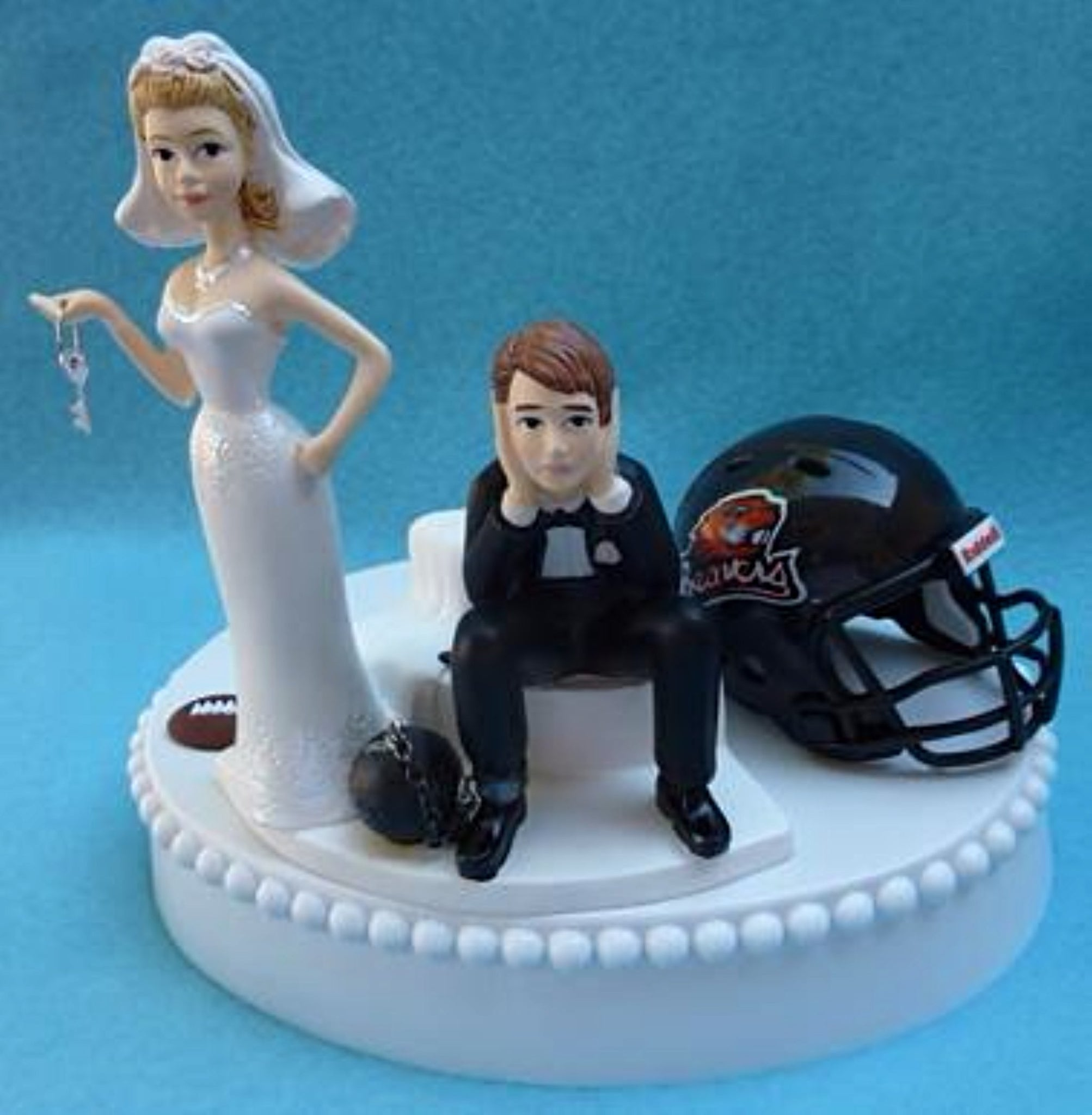 OSU Beavers wedding cake topper Oregon St. University football humorous bride sad groom ball chain key funny Fun Wedding Things