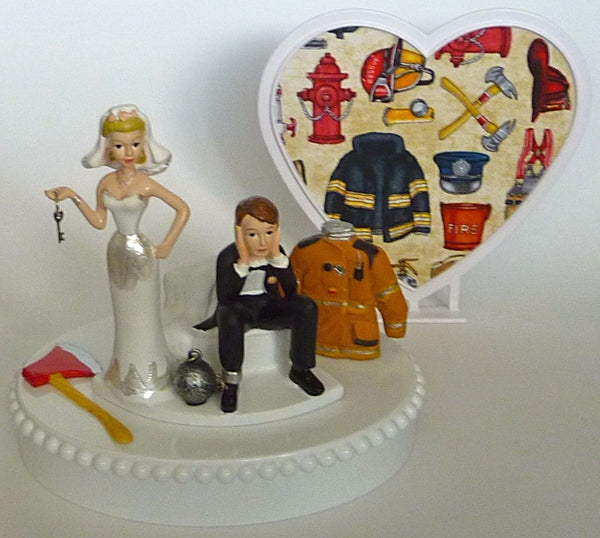Humorous wedding cake topper FunWeddingThings.com