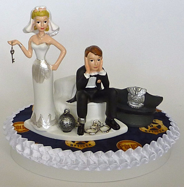 Policeman wedding cake topper Fun Wedding Things