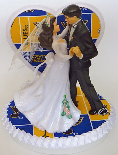 Fun Wedding Things St. Louis Blues hockey wedding cake topper dancing first dance bride groom reception bridal shower gift idea