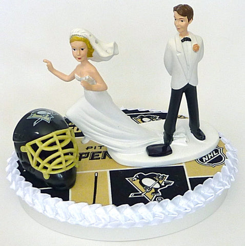 FunWeddingThings.com Pittsburgh Penguins wedding cake topper hockey NHL