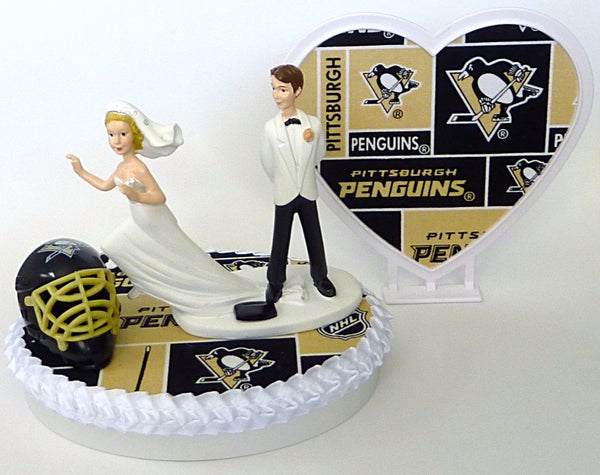 Hockey wedding cake topper Pittsburgh Penguins Fun Wedding Things bride groom humorous