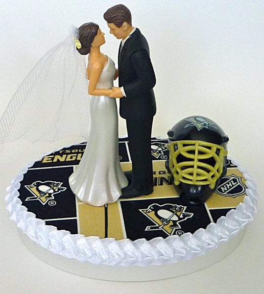 Pittsburgh Pens wedding cake topper hockey