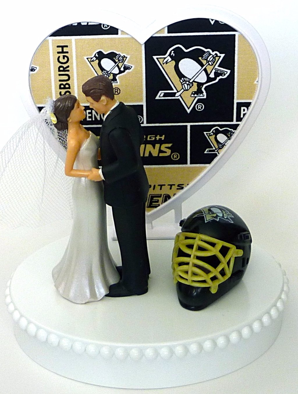 Pittsburgh Penguins cake topper hockey wedding bride groom FunWeddingThings.com
