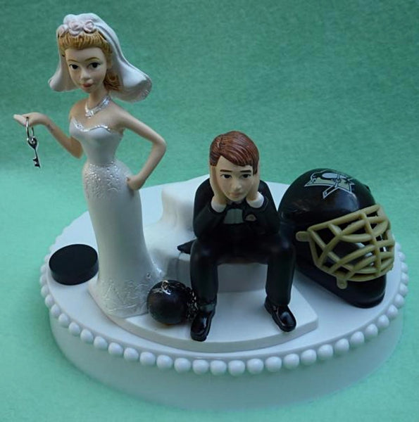Pittsburgh Penguins wedding cake topper Pens NHL hockey sports fans fun bride groom funny humorous ball chain puck mask helmet Fun Wedding Things reception gift