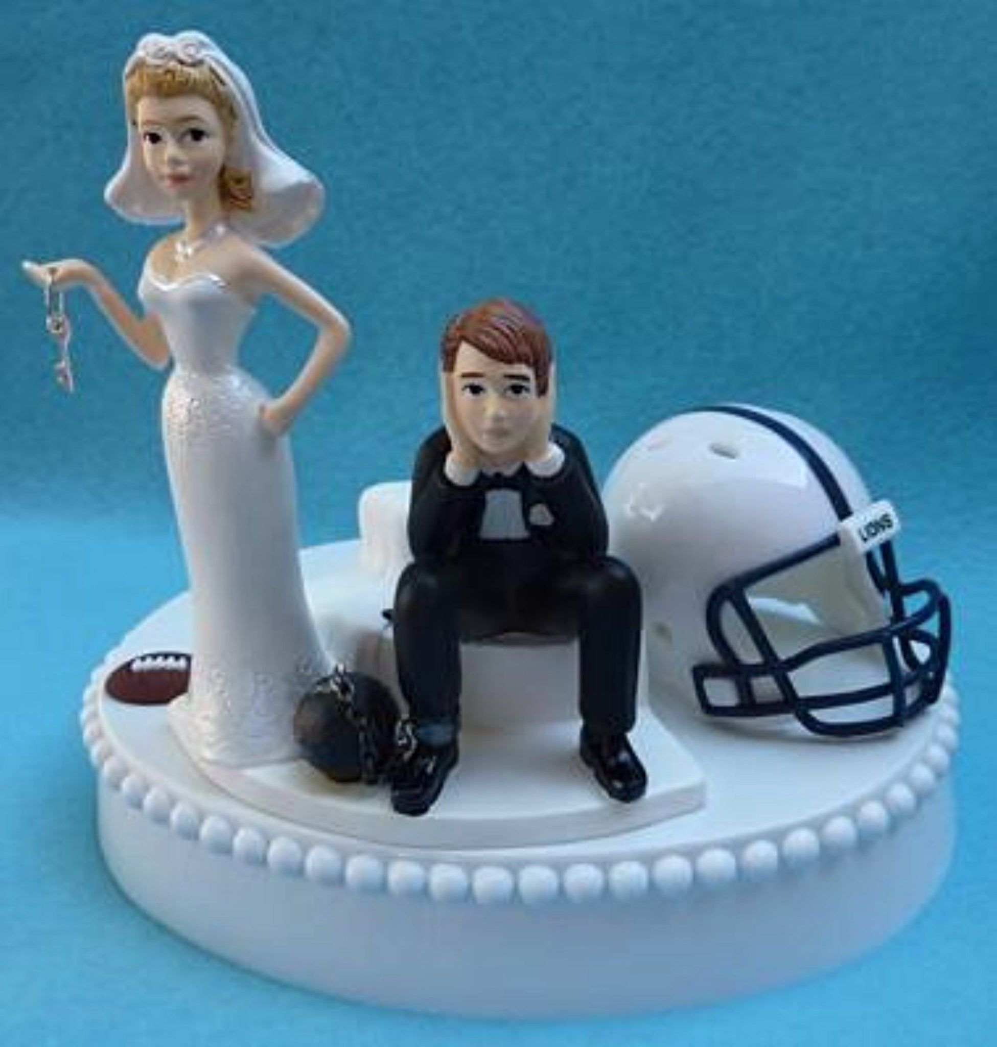 PSU Nittany Lions wedding cake topper Penn St. University football bride sad groom humorous sports fans funny Fun Wedding Things