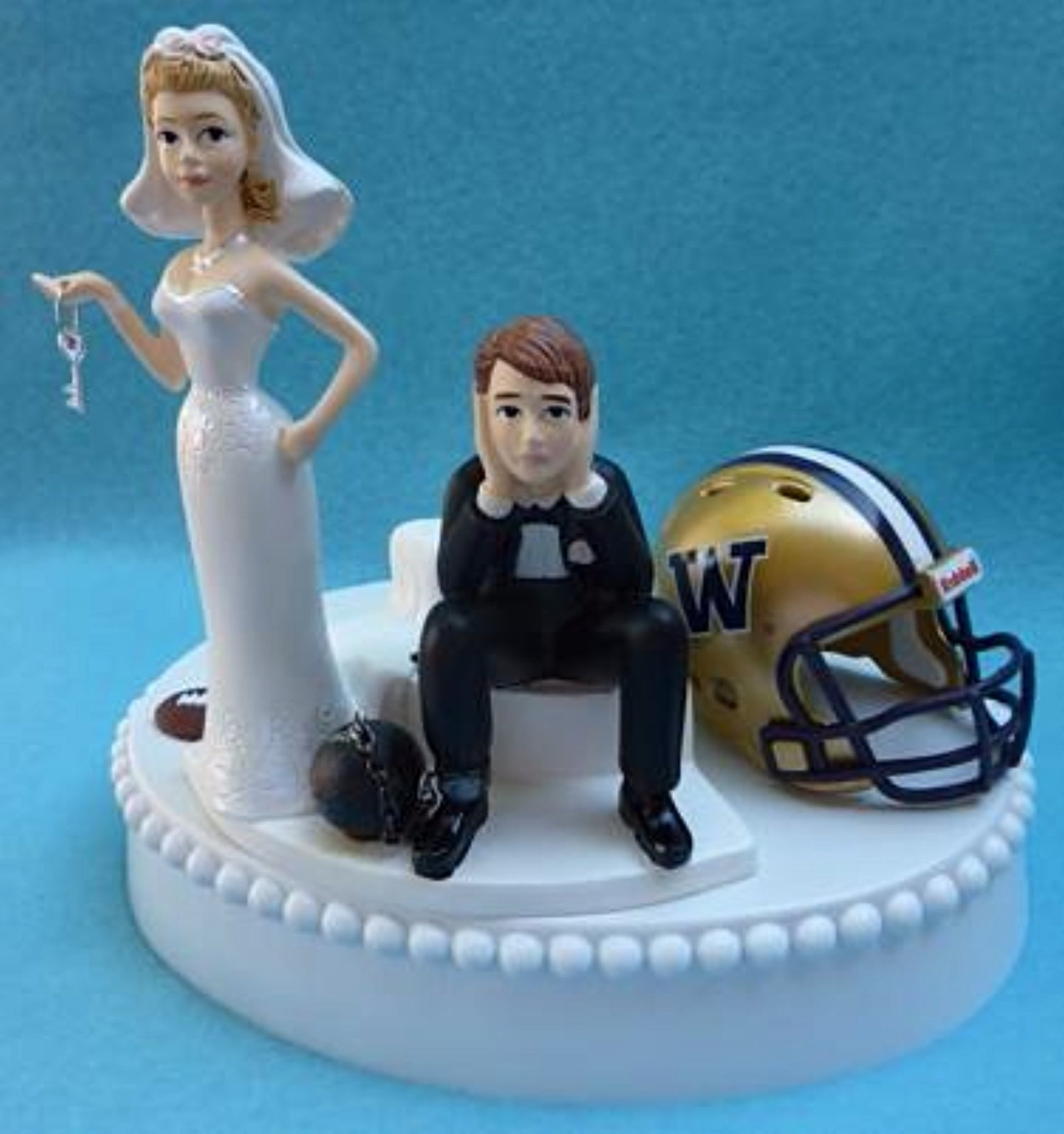 Washington Huskies wedding cake topper football UW University of funny bride sad groom key ball chain humorous Fun Wedding Things