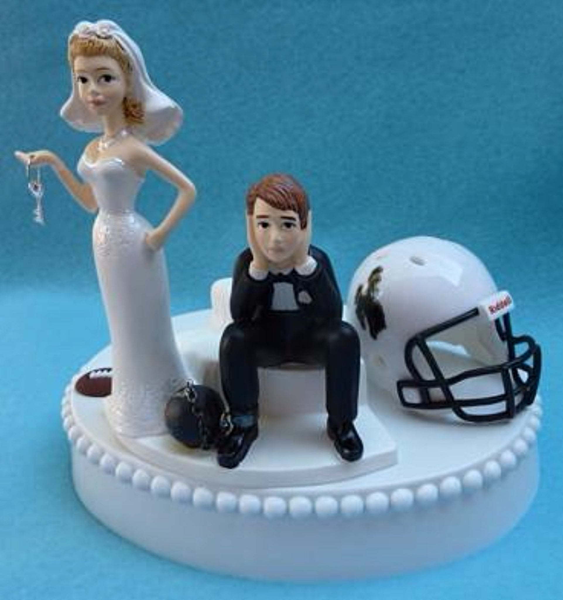 Wyoming Cowboys wedding cake topper University of UW football fans funny bride sad groom key ball chain humorous Fun Wedding Things