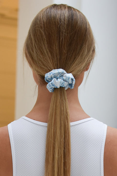 Ivincia scrunchie in limited edition daffodil oasis