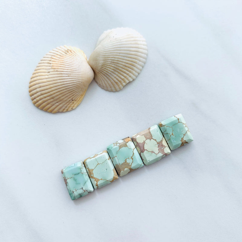 Small Mint Green Square Sand Hill, Set of 5 Background